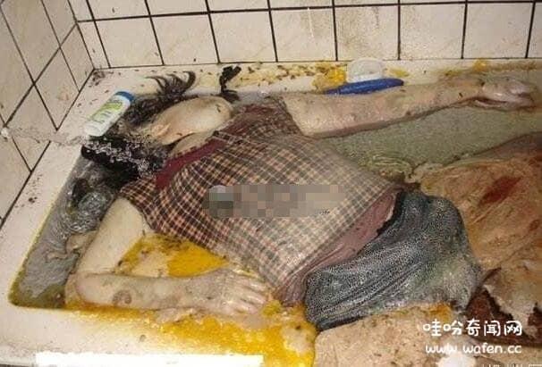 少女浴缸自杀20天_网传的米国内裤是什么意思,美国妞连穿4个月的恶心内裤(长蛆 ...