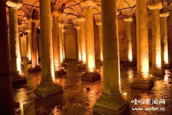 诡异的土耳其水宫殿,据传是恶魔居住的地方/古代国王修建的储水池