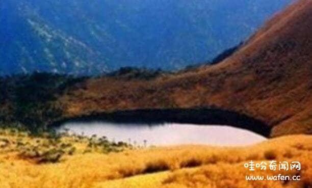 云南迷人湖