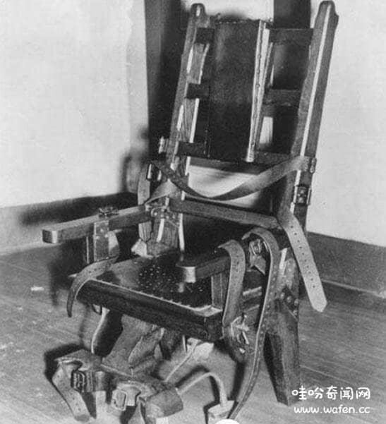 女巫的椅子