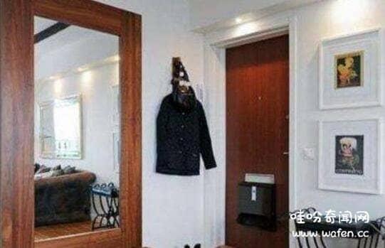 门口放镜子有什么讲究,青龙位和白虎位都不能放/易女主欺男
