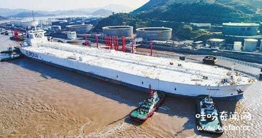 世界最大6000万吨油轮
