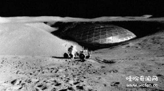 月球上的巨型飞船真相