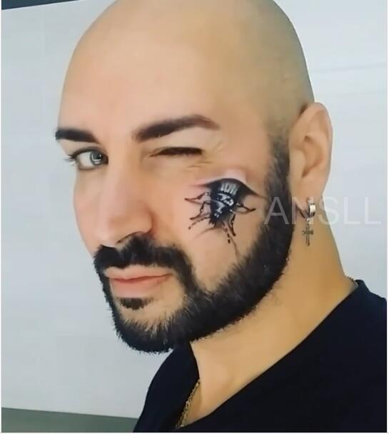 化妆师的裸眼3D化妆术,几乎可以用恐怖来形容!