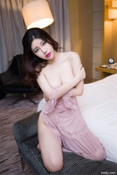 美艳御姐美昕Yumi大尺度情趣诱惑 床上姿势风骚惹火